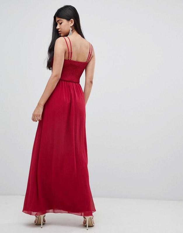 Little Mistress luxusní skládané vzdušné černo-bílé šaty - Livien.sk 1d47f68ef7