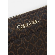 Calvin Klein kabelka crossbody logo signature brown